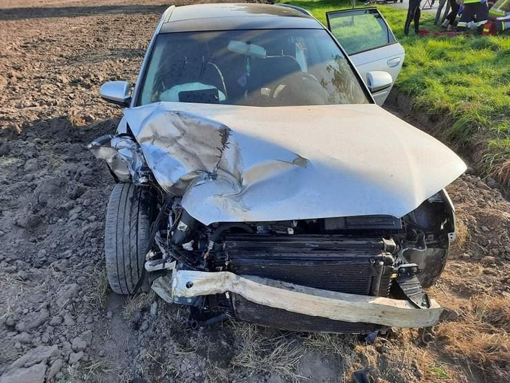 Wypadek w gminie Pakosław. Jedna osoba poszkodowana [AKTUALIZACJA] - Zdjęcie główne