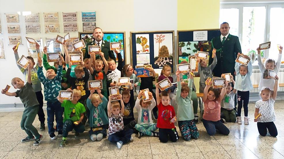 Konkurs plastyczny w rawickim przedszkolu  - Zdjęcie główne