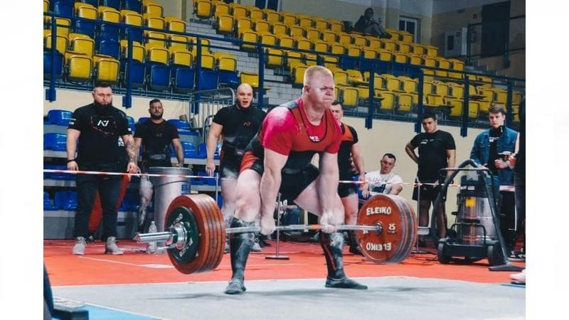 Siłacz z Rawicza powalczy o tytuł mistrza świata juniorów  - Zdjęcie główne