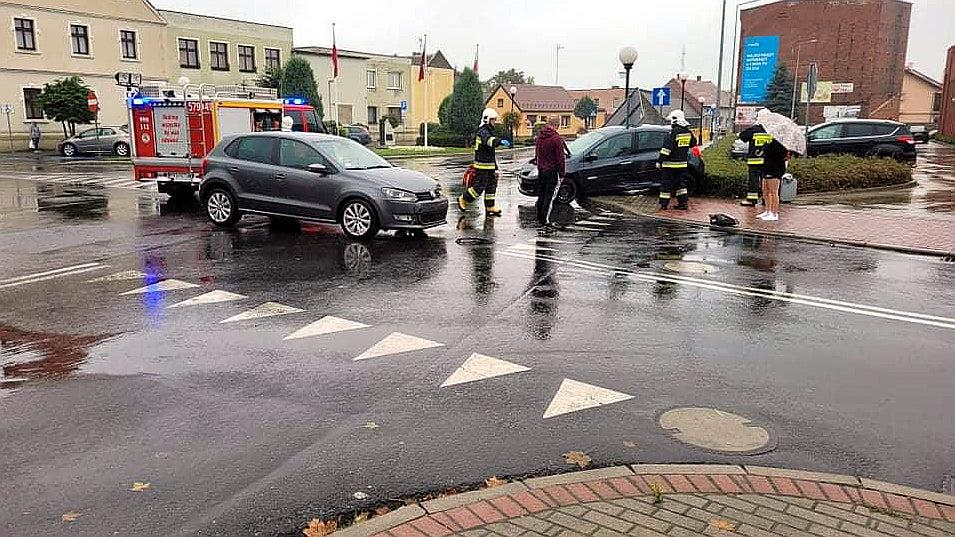 Stłuczka na skrzyżowaniu w Miejskiej Górce - Zdjęcie główne