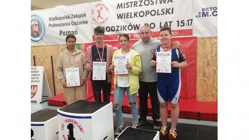 Młodzi sztangiści z Bojanowa w czołówce Wielkopolski - Zdjęcie główne