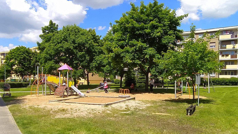 Na Dzień Dziecka nowy plac od spółdzielni mieszkaniowej - Zdjęcie główne