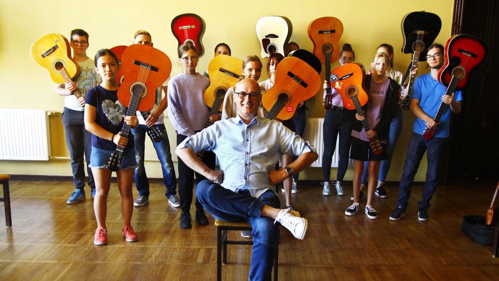 Dwudniowe warsztaty gitarowe w rawickim domu kultury - Zdjęcie główne