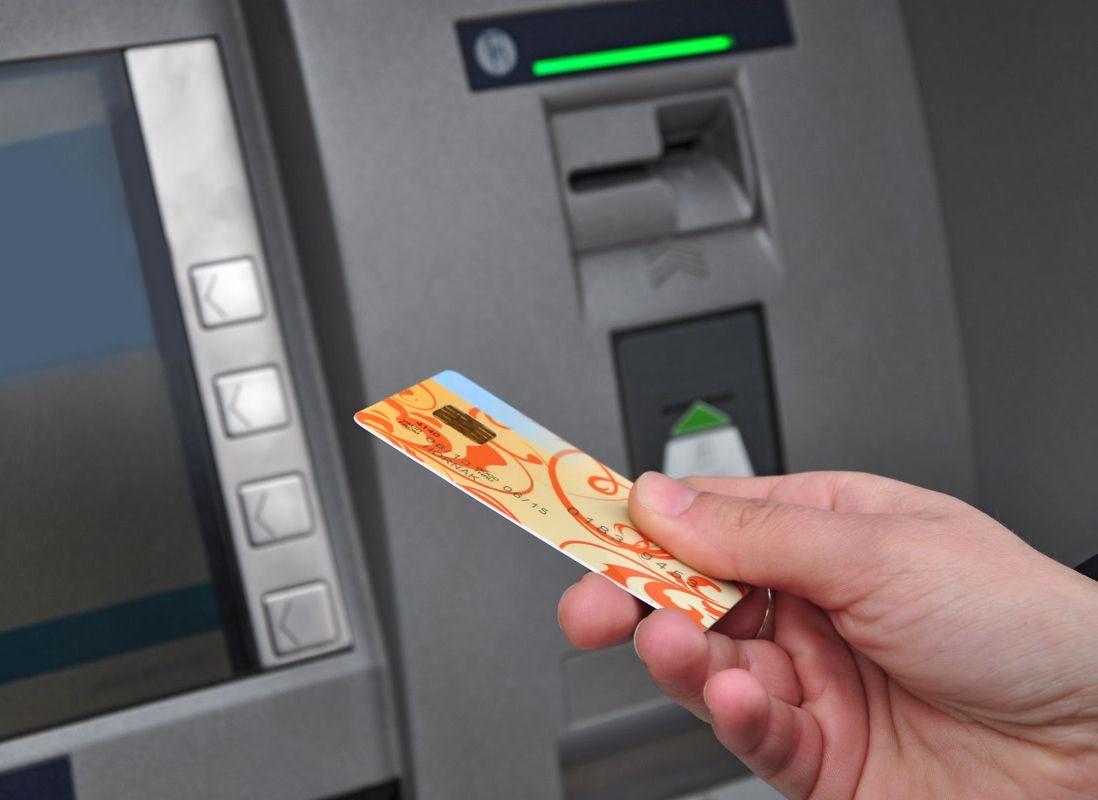 Pleszew. Awaria w banku. Sprawdź, czy nie zniknęły ci pieniądze! - Zdjęcie główne