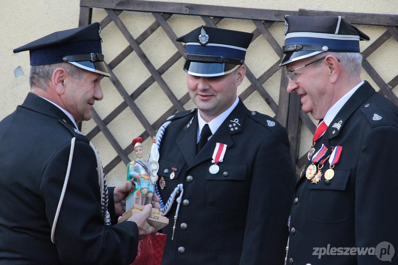 Gmina Czermin. To była podniosła uroczystość. OSP Żegocin świętowało swoje 100-lecie [ZDJĘCIA] - Zdjęcie główne
