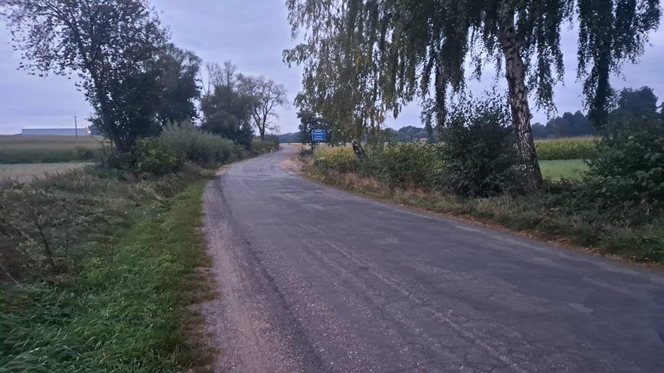 Remont drogi w Fabianowie. - Dlaczego kawałek drogi został nieruszony? - pyta Czytelnik - Zdjęcie główne