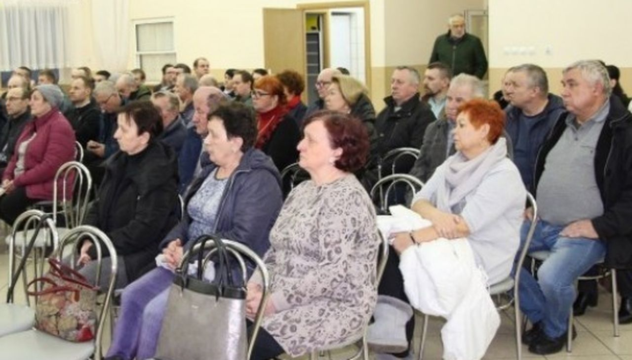 Pleszew. Znamy datę spotkania z mieszkańcami w sprawie planowanej budowy fermu drobiu w Baranówku - Zdjęcie główne