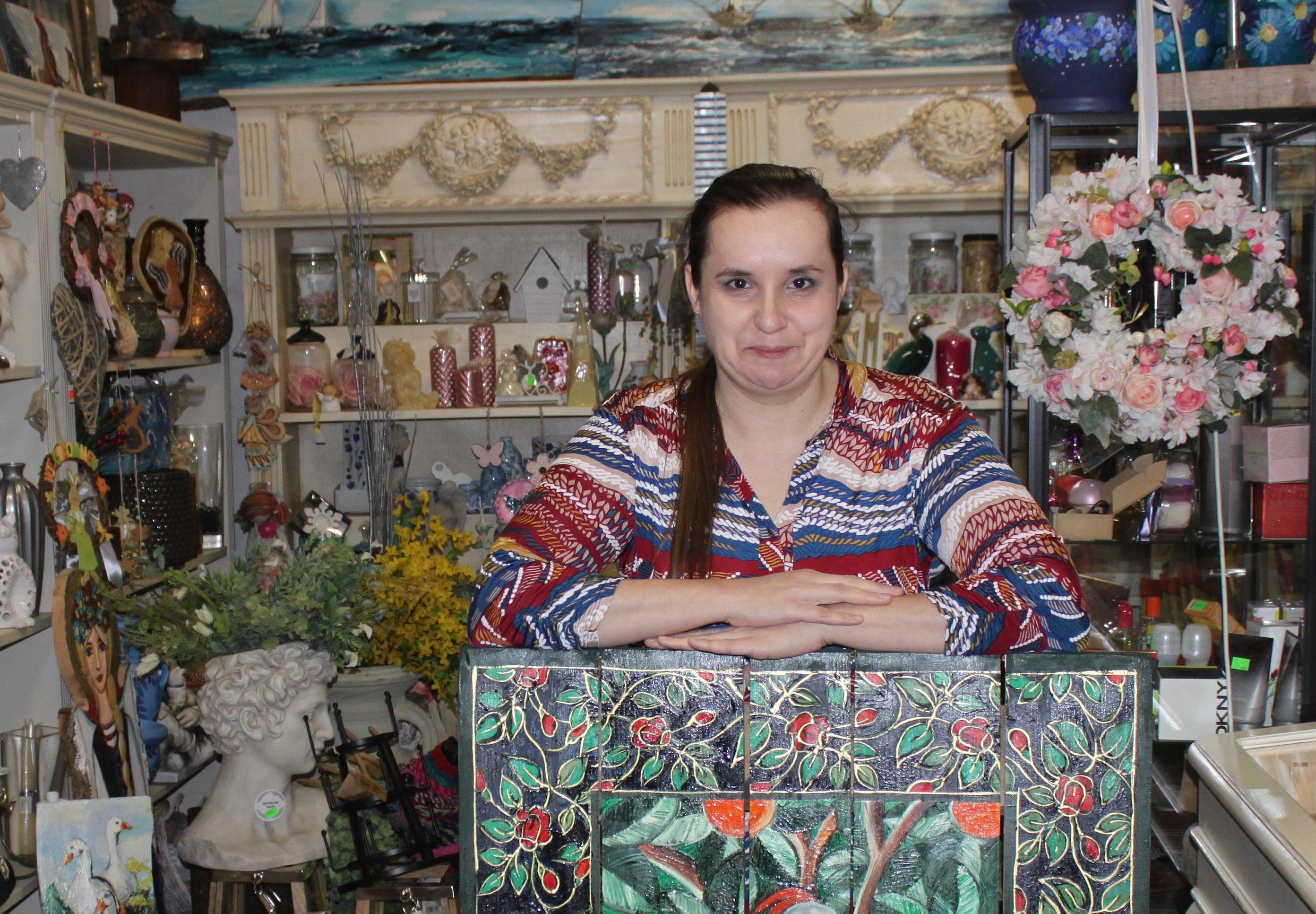 Prace Sylwii Osińskiej z Kolonii Obory. Artystyczne cuda za wyjątkowym płotem, pod opieką Maryi  - Zdjęcie główne