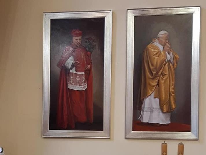 Pleszew. Prymas obok papieża - Zdjęcie główne