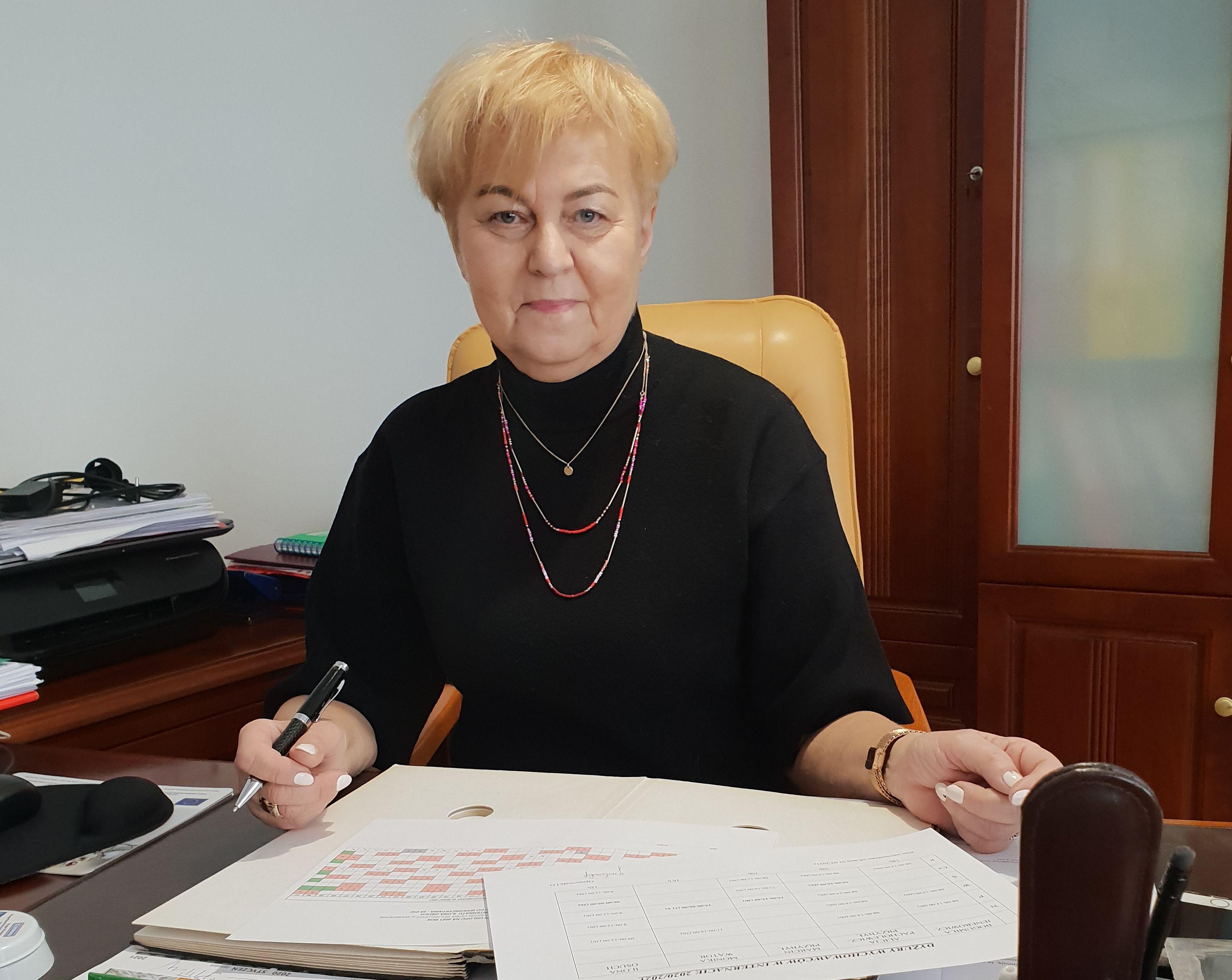 Rozmowa z Grażyną Borkowską - dyrektor Zespołu Szkół Centrum Kształcenia Rolniczego w Marszewie - Zdjęcie główne