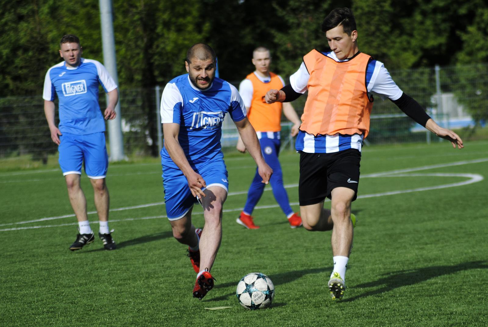 Pleszewska Liga Amatorska. Inauguracja 21 edycji rozgrywek - Zdjęcie główne