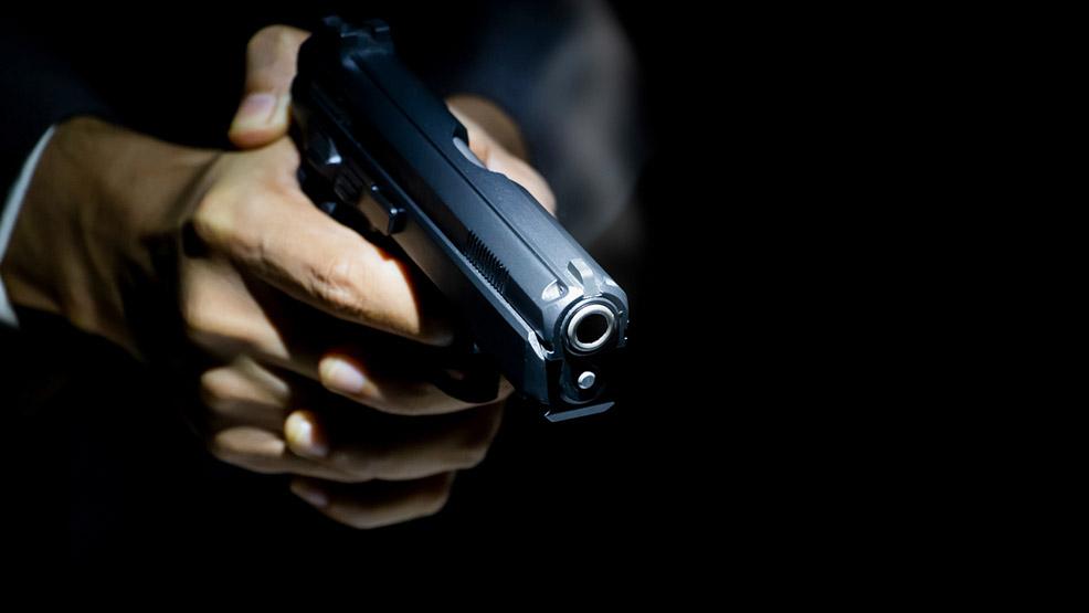Jak bezpiecznie przechowywać broń krótką? - Zdjęcie główne