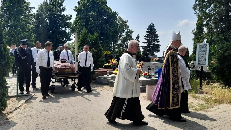 Ostatnie pożegnanie księdza Bernarda Twardowskiego - Zdjęcie główne