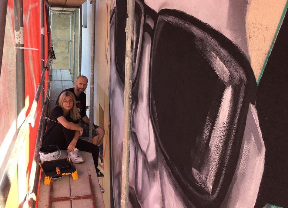Pleszew. Mural Mariana Bogusza przy drodze krajowej już niedługo będzie gotowy - Zdjęcie główne