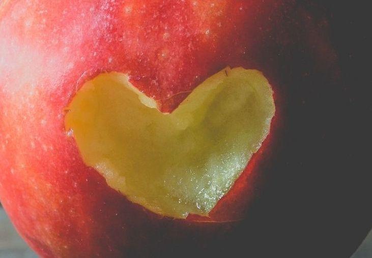 Światowy Dzień Jabłka 2021. Ten owoc pomaga w walce z wieloma chorobami - Zdjęcie główne