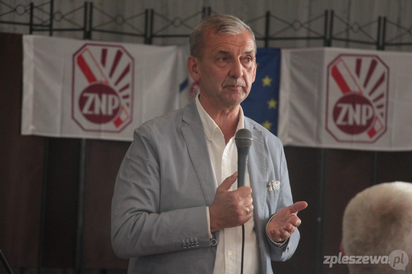 Pleszew. Spotkanie w sprawie sytuacji w oświacie. Do miasta przyjechał prezes ZNP Sławomir Broniarz - Zdjęcie główne