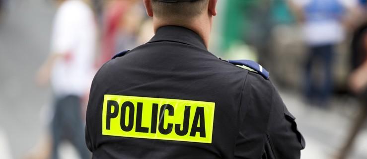 Pleszew. Rozpoczęły się kontrole policji. Co grozi za brak maseczki w sklepie? - Zdjęcie główne