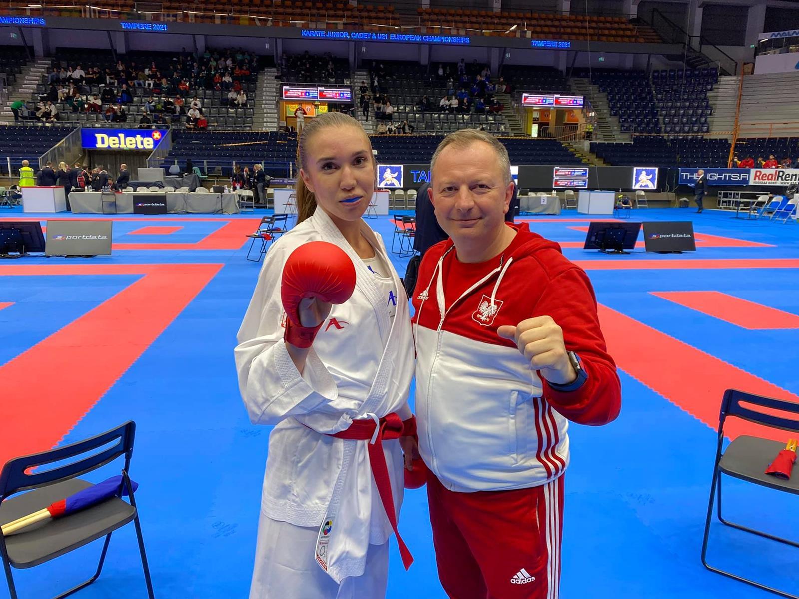 """Mistrzostwa Europy w karate. """"Brąz"""" Magdaleny Godlewskiej - Zdjęcie główne"""