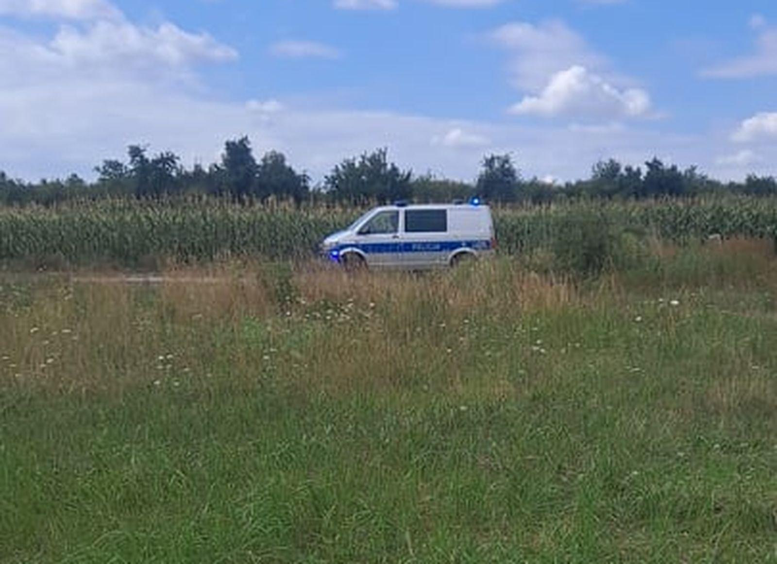 Morderstwo w Pleszewie. Kolejny dzień szukają narzędzia zbrodni [ZDJĘCIA] - Zdjęcie główne