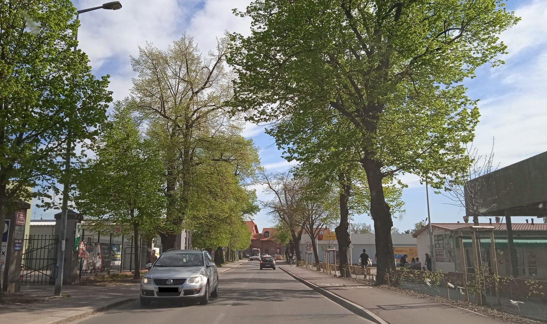 Pleszew. Będą kolejne zmiany w ruchu w centrum miasta. Chodzi o ul. Sienkiewicza i Ogrodową - Zdjęcie główne