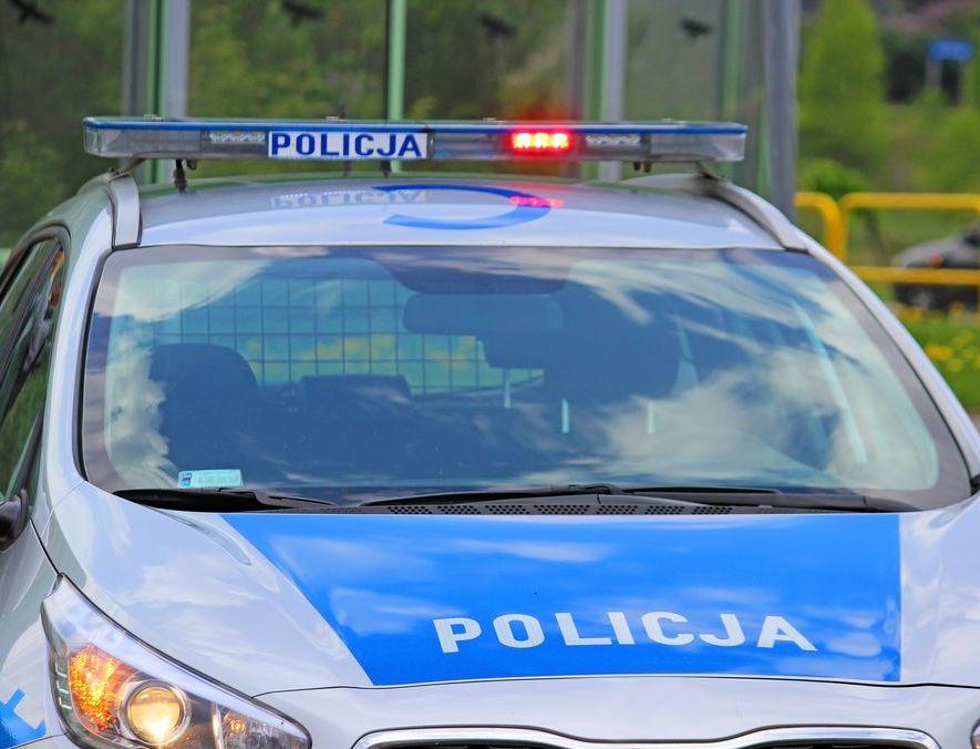Wypadek na trasie Dobrzyca - Krotoszyn. Samochód osobowy wjechał w ciężarówkę - Zdjęcie główne