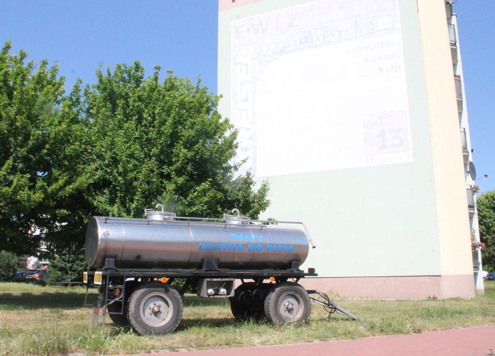Pleszew. Poważne problemy z wodą. Mieszkańcy wściekli, zamknęła się też m.in. restauracja - Zdjęcie główne