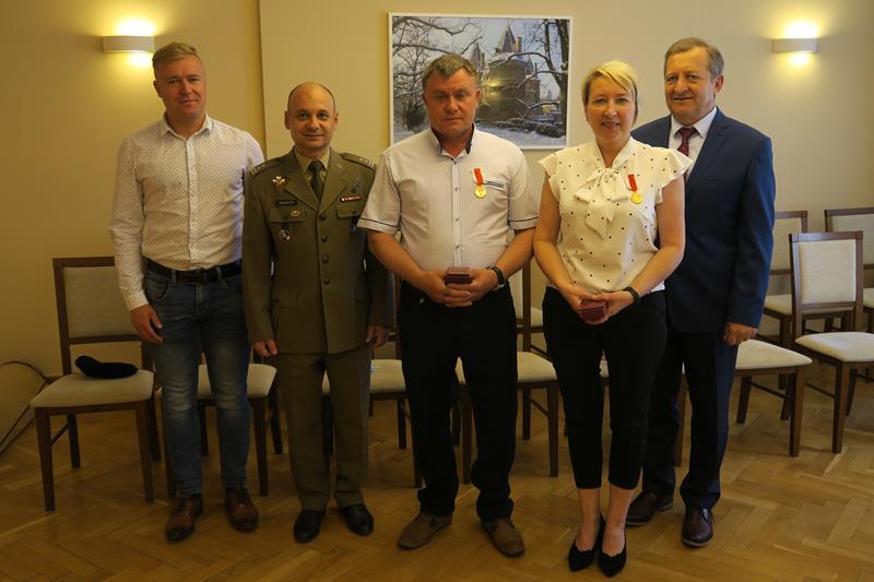 Iwona i Paweł Cieślak mają w wojsku dwóch synów i córkę  - Zdjęcie główne