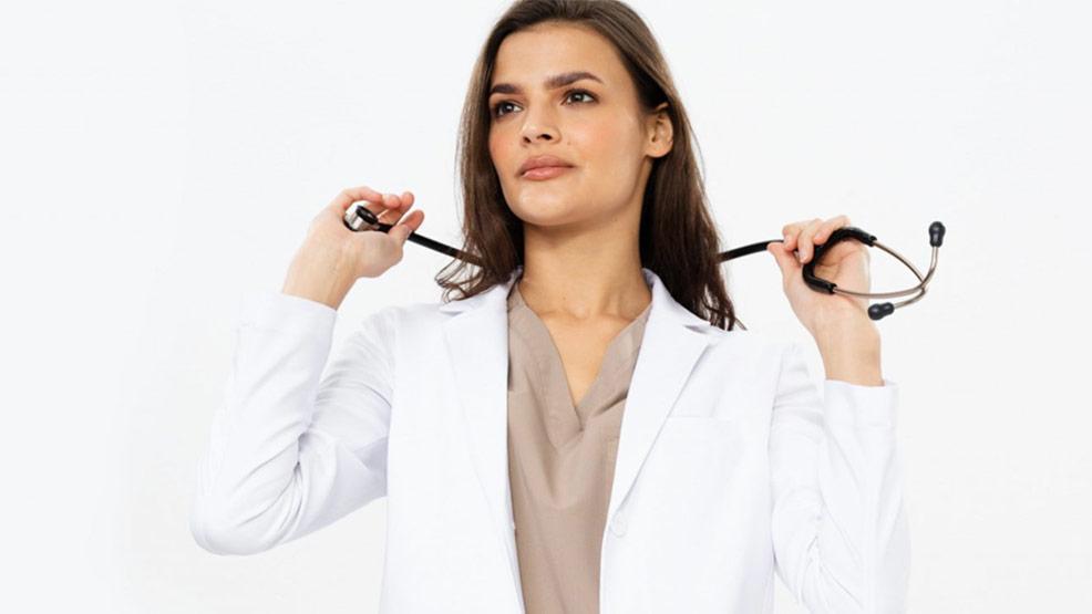 Odzież medyczna - dlaczego jej wybór jest tak istotny?  - Zdjęcie główne