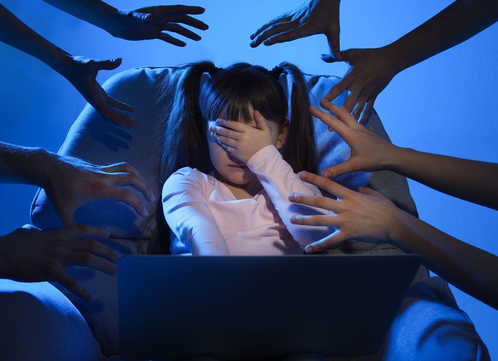 Jak uchronić swoje dziecko przed pedofilami w internecie? - Zdjęcie główne
