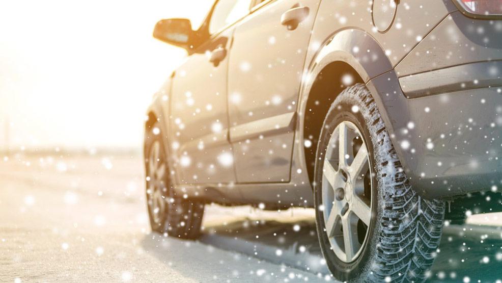 Pomoc drogowa jest jak najlepszy przyjaciel w okresie jesienno-zimowym - Zdjęcie główne