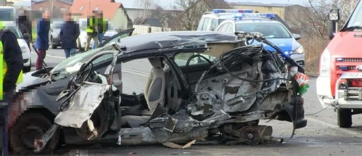 Śmiertelny wypadek na DK 36. Nie żyje 62-latek - Zdjęcie główne
