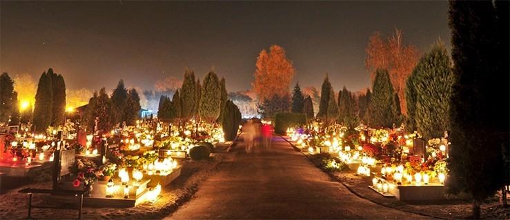 Cmentarze nocą  rozświetlone blaskiem tysięcy zniczy i lampionów [WIDEO, FOTO]  - Zdjęcie główne