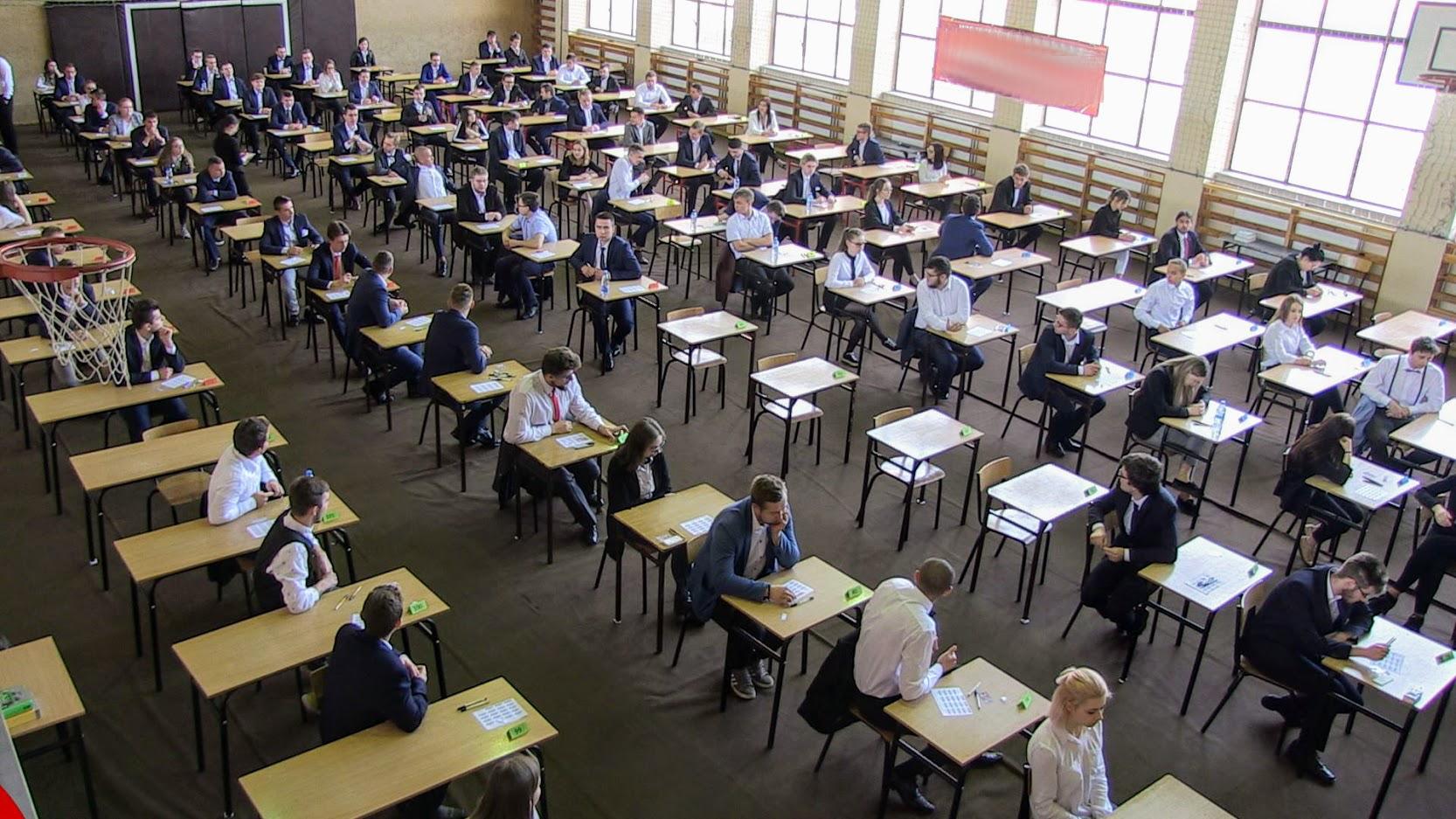 Wielkopolska. Ruszają matury. Dziś egzamin z języka polskiego  - Zdjęcie główne