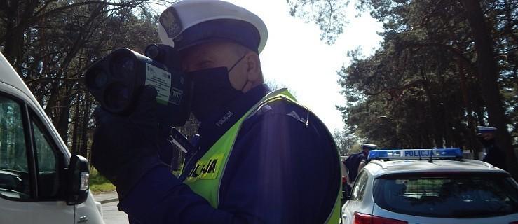 Przez wieś pędził 116 m/h. Patrol policji przerwał mu brawurową jazdę - Zdjęcie główne