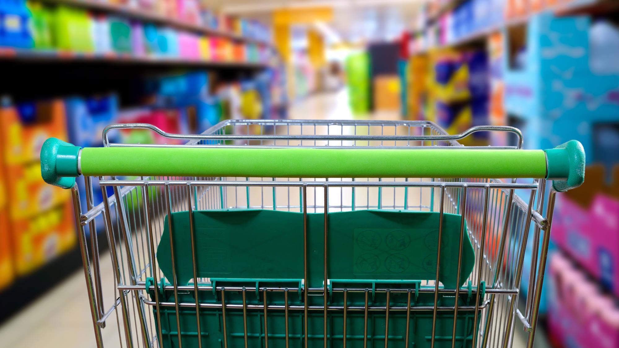 Kolejne sieci handlowe będą czynne we wszystkie niedziele i święta - Zdjęcie główne
