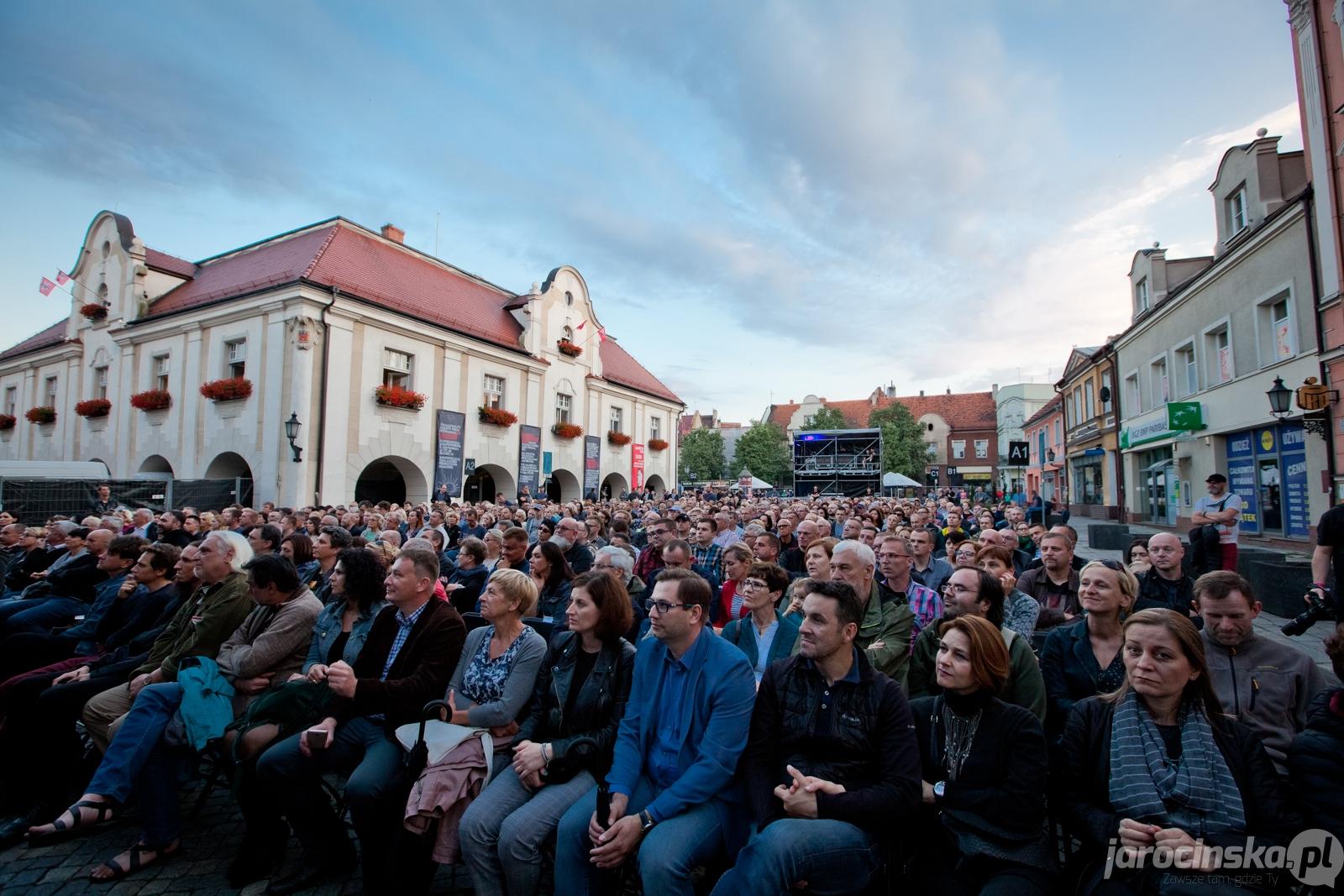 Jarocin Festiwal 2018. Koncert Jana Garbarka na rynku - Zdjęcie główne