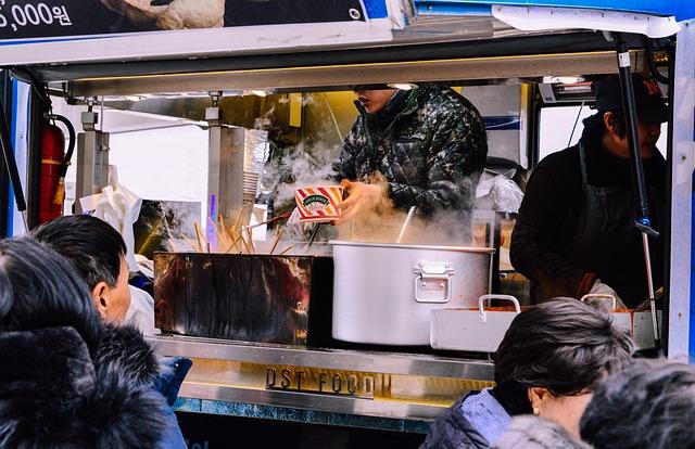 Food trucki w Gnieźnie. Zobacz gdzie zawitały tym razem - Zdjęcie główne