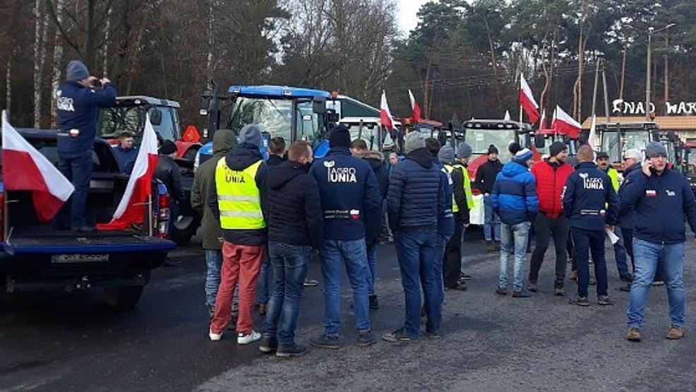 150 traktorów zablokuje drogę krajową nr 11 do Poznania   - Zdjęcie główne