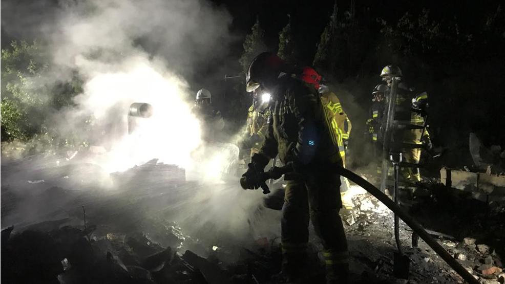 W pożarze w Pile zginęły dwie osoby. Altana spłonęła doszczętnie - Zdjęcie główne