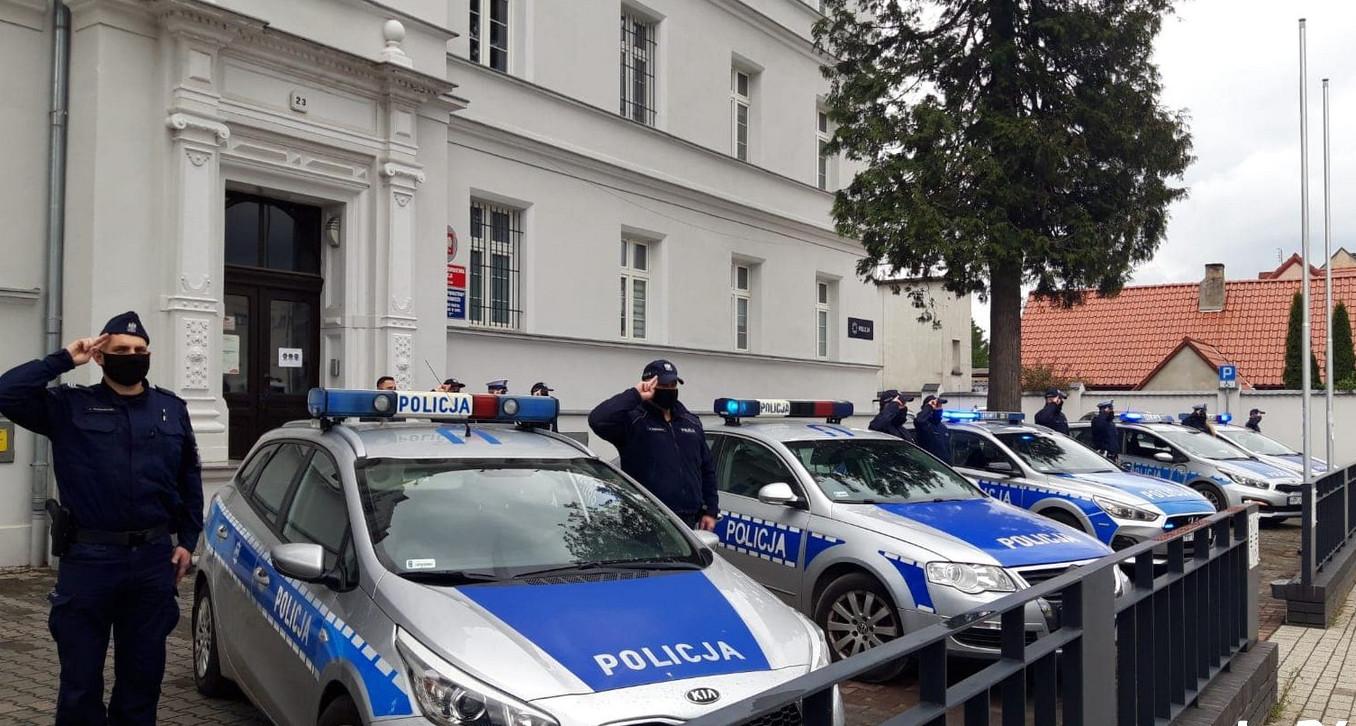 Policjanci oddali cześć Michałowi Kędzierskiemu, który zginął na służbie - Zdjęcie główne