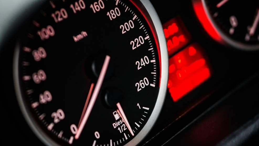 W ciągu kilku dni prawo jazdy straciło aż 8 kierowców. Rekordzista pędził 147 km/h - Zdjęcie główne