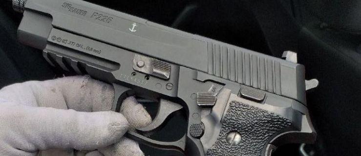 33-latek strzelał w przystanki i uczelnie na terenie Poznania - Zdjęcie główne