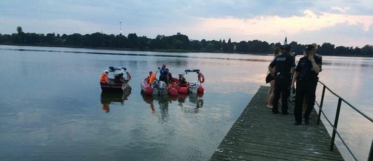 Mężczyzna utonął w jeziorze. To już drugie takie zdarzenie w te wakacje  - Zdjęcie główne