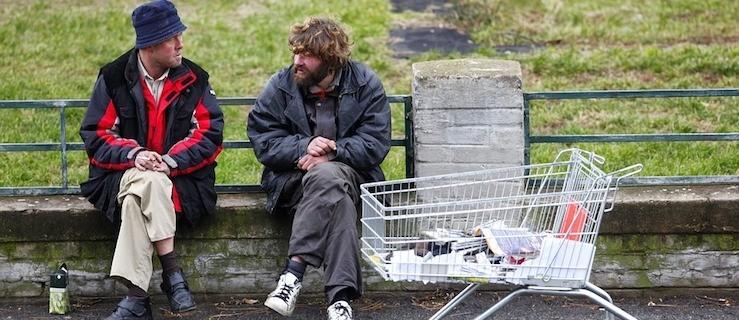 Nie bądź obojętny. Sprawdź jak możesz pomóc bezdomnym podczas zimy! - Zdjęcie główne