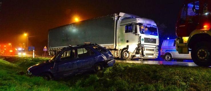 Tragiczny czwartek na wielkopolskich drogach - Zdjęcie główne