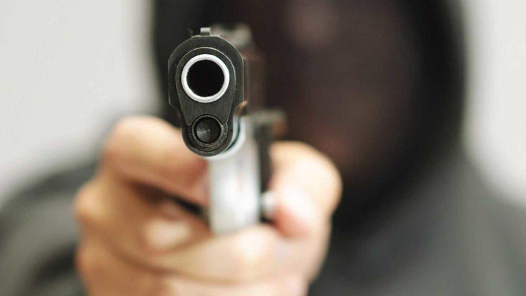 16-latek urządził sobie strzelaninę. Pocisk trafił rowerzystkę - Zdjęcie główne